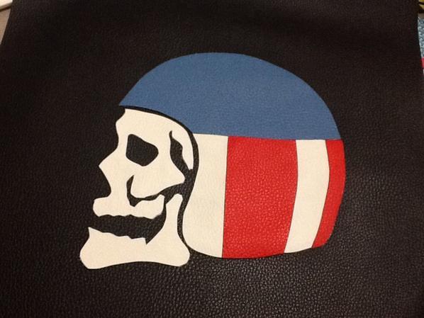 Skull casque bleu ,blanc,rouge