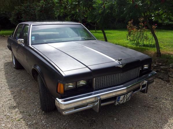 voici mon chevy caprice 1978 , berline de 33chv  moteur 350ci