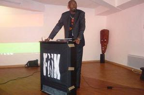 RDC Élections provinciales 2015 : Interview de LUMUMBA MVULUZI Candidat député de la FUNA sur Africa N°1