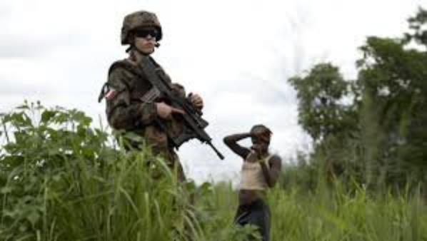 LES SOLDATS FRANCAIS VIOLS SAUVAGEMENT DES ENFANTS EN CENTRE AFRIQUE