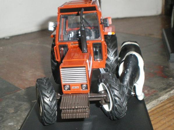 880DT5