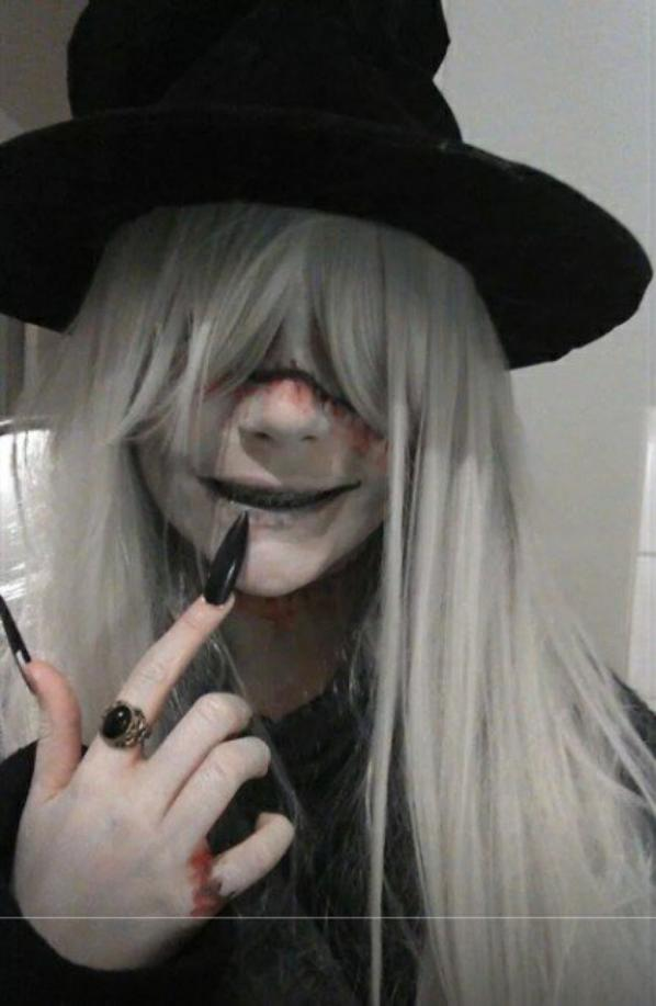 mon premier cosplay: undertaker :-)