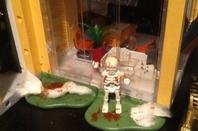 Installation des décorations d'halloween