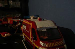 départ garde de 20h sur feu de casse secteur csp valentin pendant que le reste de la garde est sur un feu d'habitation sur fimo-ville ... soirée mouvementée