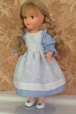 robe de petite fille sage