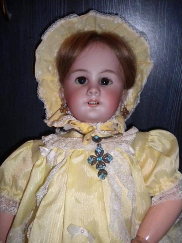 sfbj et poupée  de porcelaine petite soeur,popée dep