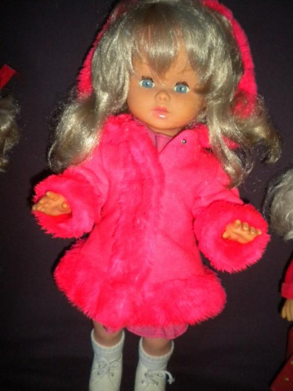 poupée gege BF3 marche et parle