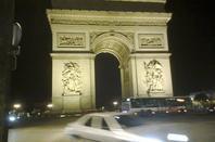 en pleine nuit paris s'eveille