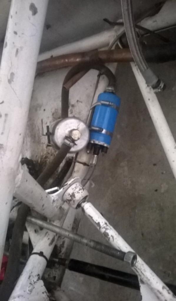 circuit d'essence bonne base faire attention trés couteux à l'achat