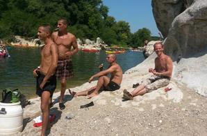 Descente de l'Ardèche avec l'équipe !!! :)
