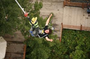 GUM GUUMMM jump of angel !!!!!!!!!!!                                                       Swallow dive!!!!!!!!!!!