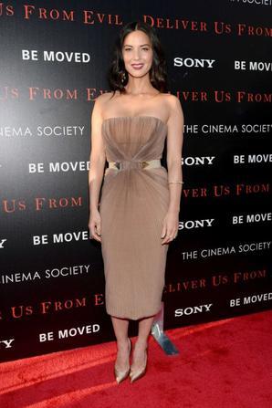 "24.06 - Olivia Munn @ ""Deliver us from evil "" Premiere"