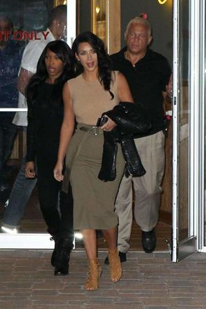 30.06 - Kim Kardashian sort dans NYC
