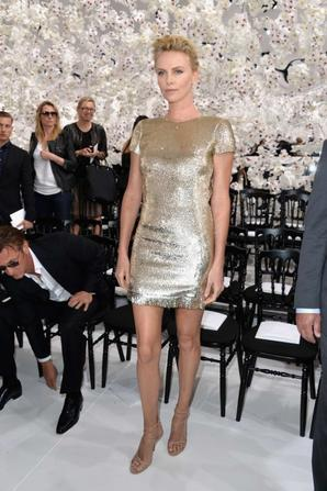 09.07 - Charlize Theron @ Dior Fashion Show