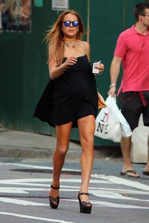 09.07 - Lindsay Lohan & sa soeur dans L.A.