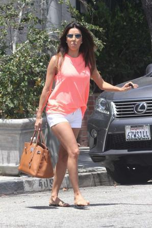 12.07 - Eva Longoria dans L.A.