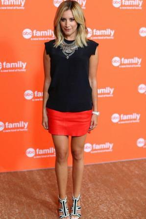 16.07 - Ashley Tisdale @ Disney ABC TCA Summer Press Tour