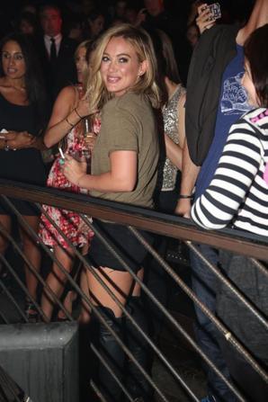 25.07 - Hilary Duff au lancement de son single