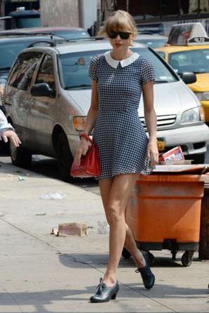 01.08 - Taylor Swift se balade dans New-York
