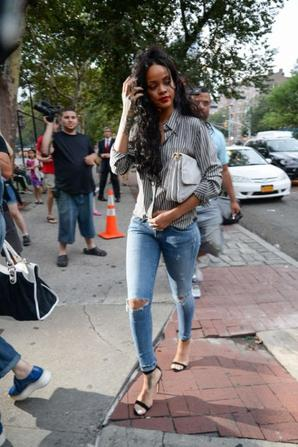 01.08 - Rihanna au restaurant Da Silvano, NYC