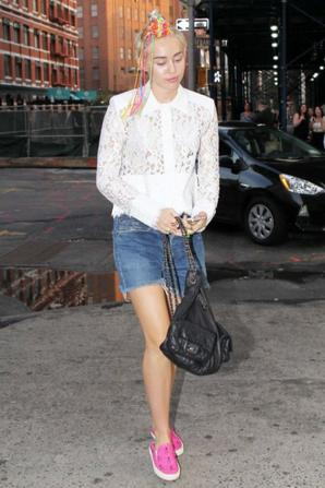 04.08 - Miley Cyrus dans New-York