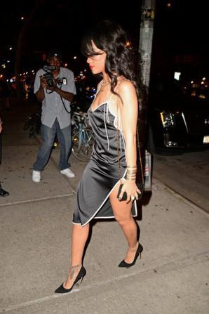 16.08 - Rihanna quitte l'anniversaire d'un ami
