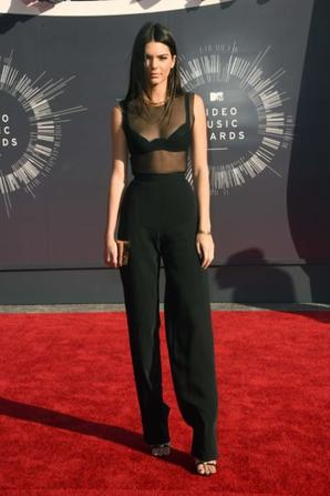 24.08 - Kendall Jenner @ MTV Video Music Awards