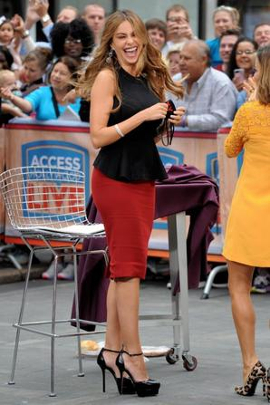 22.09 - Sofia Vergara @ Access Hollywood