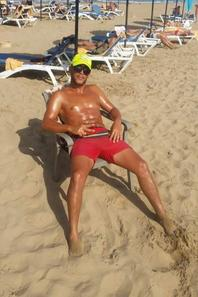 trop chaud alors profitez  pronzag lol bienvenue à tous la plage marina saidia