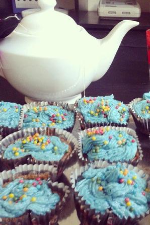 Mes tout premiers cupcakes bleu vous en pensez quoi ?! :D