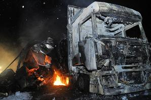 Un poids lourd transportant des balles de papier a pris feu sur la RN 165 à hauteur de Campbon.