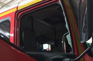 A Rethel, les pompiers agressés par des forains après un feu de caravane !