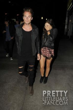 Lucy apercu avec son petit ami (Adam Pitts)