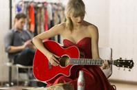 10.04.13  Première publicité Diet Coke avec Miss Taylor