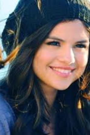 Selena Gomez et Vanessa Hudgens avec Cauet à 16h45 !
