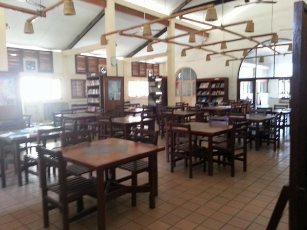 Bibliothèque municipale Gd Bassam (ancien marché de quartier France)