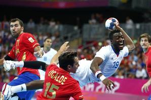 """""""Je ne veux pas me contenter de regarder mes médailles, de les contempler. Je veux plus."""" Luc Abalo     Et encore une médaille de plus, Handball, le meilleur sport au monde. <3"""