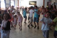 ANIF 10   APPRENTISSAGE apprendre des mouvements adaptés à l'âge.