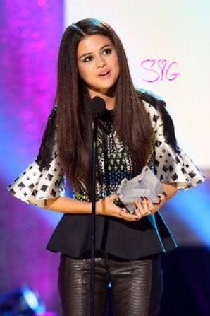 Selena Gomez Au MTV Music Awards 2013 ! #2