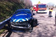 La Mégane RS de la gendarmerie accidentée