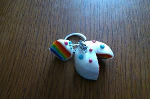 Porte clefs rainbow cake