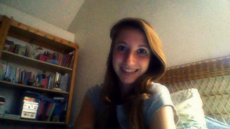 La vie peut paraitre beaucoup plus belle rien qu'avec un sourire <3