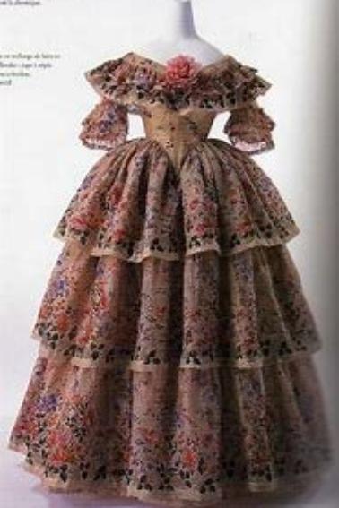 Les premiers moment de la robe occidentale