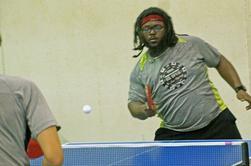 .J'ai passé le week-end à Milwaukee, en jouant au tournoi de tennis de table ouvert du Wisconsin State (Badger). J'ai bien joué avec ALMOST rien à montrer, sauf les amis et les concurrents qui font que l'expérience vaut la peine. Beaucoup d'entre eux je vois le tournoi après le tournoi. D'autres sont NOUVEAUX AMIS.