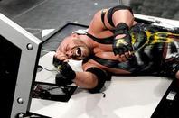 Enfin Dean Ambrose arrive sur nos écran.