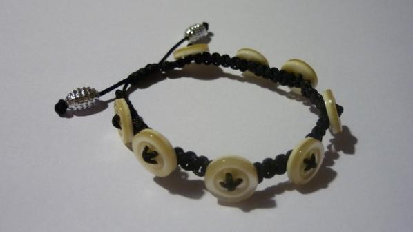 Bracelet macramé bouton