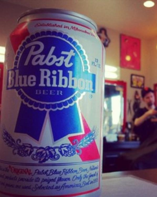 Pabst blue RIBONNNNN !!