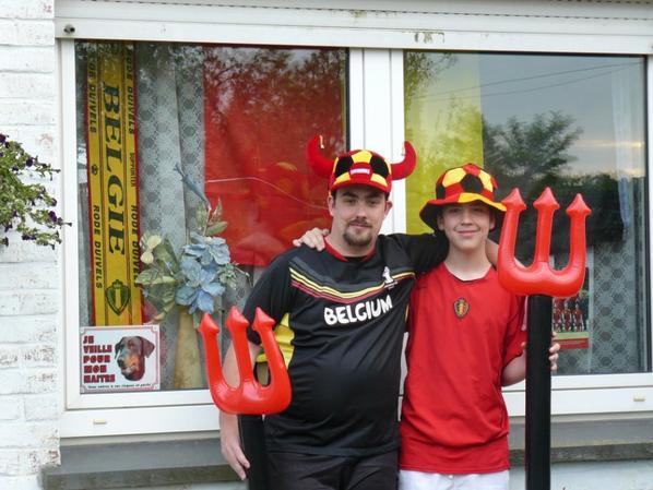 Cédric et son parrain lors des matches des REDS DEVILS