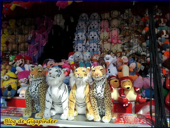 FOIRE DU TRONE  REUILLY    PELUCHES