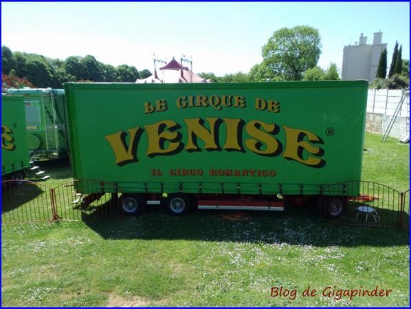 CIRCO VENISE  REPORTAGE  TOUR